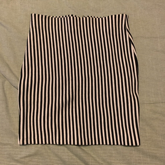 H&M stripped skirt